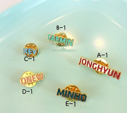SHINee THE STORY OF LIGHT  NAME PIN